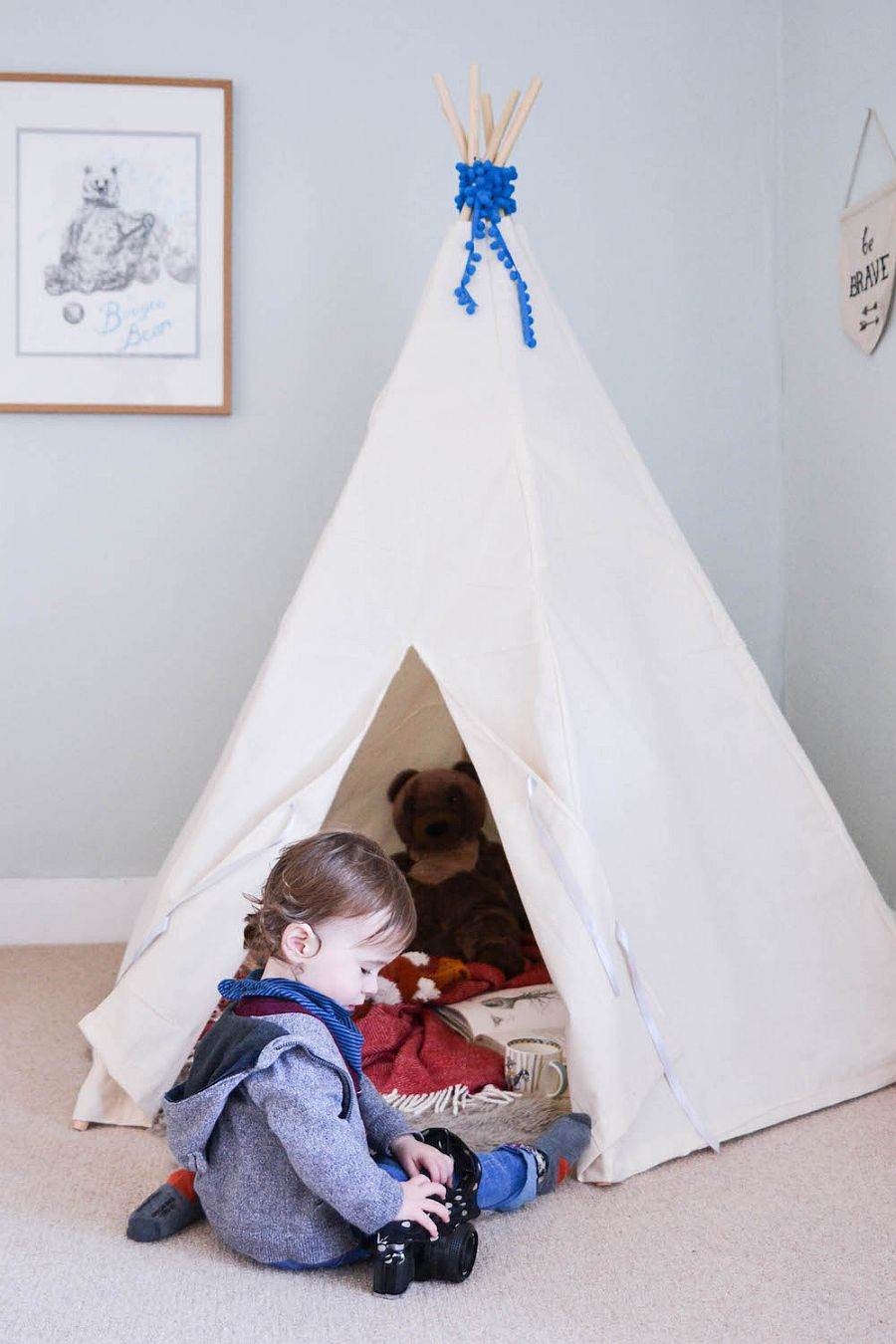 Easy modern DIY teepee tent
