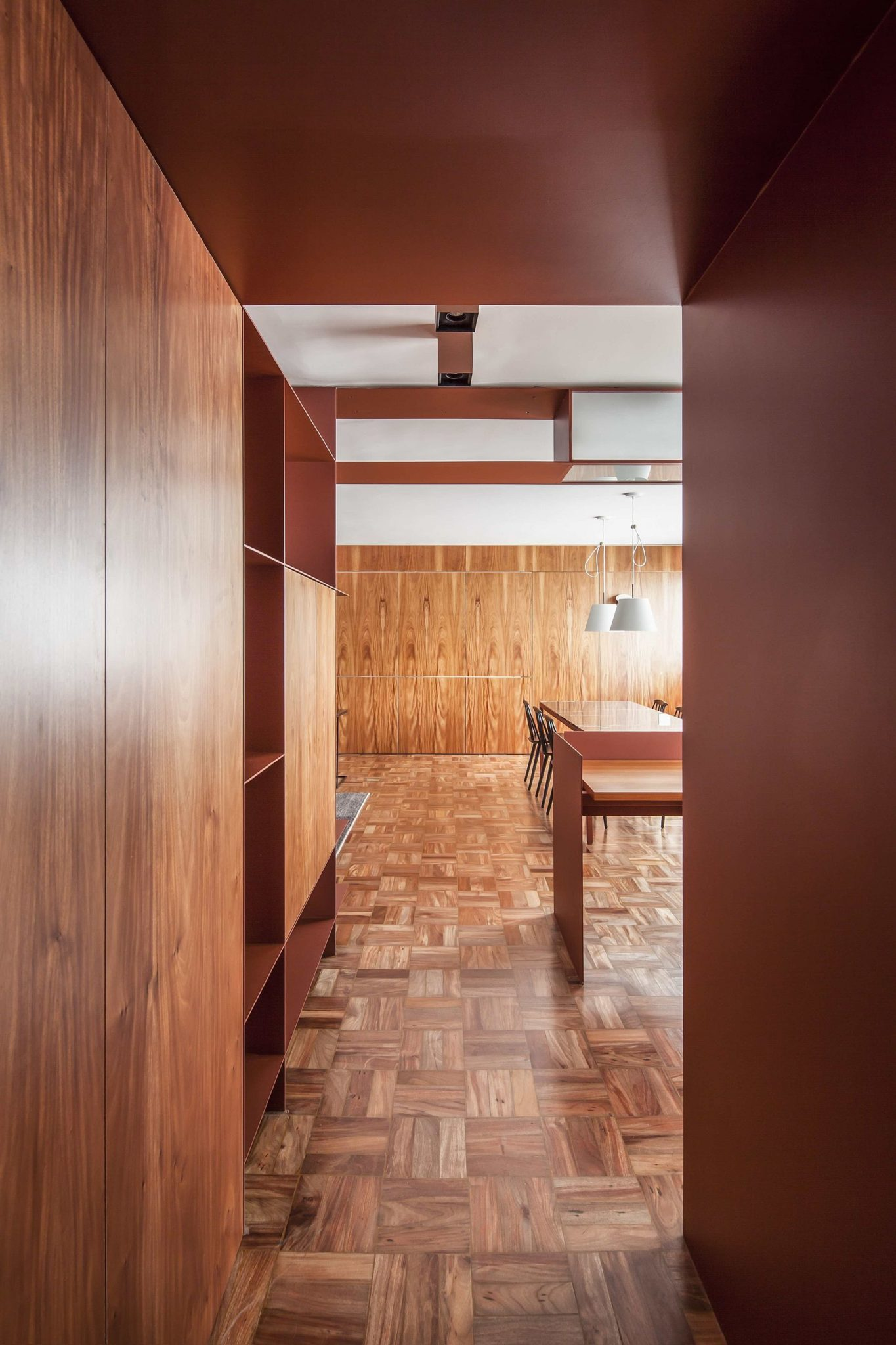 Entry-to-the-Terracota-apartment
