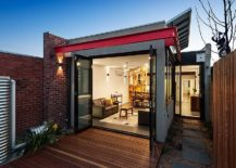 New-rear-addition-of-the-altered-Victorian-house-in-Melbourne-217x155
