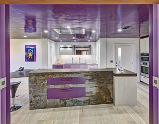 Trendy Color Upgrade: Stylish Kitchens in Shades of Violet and Purple