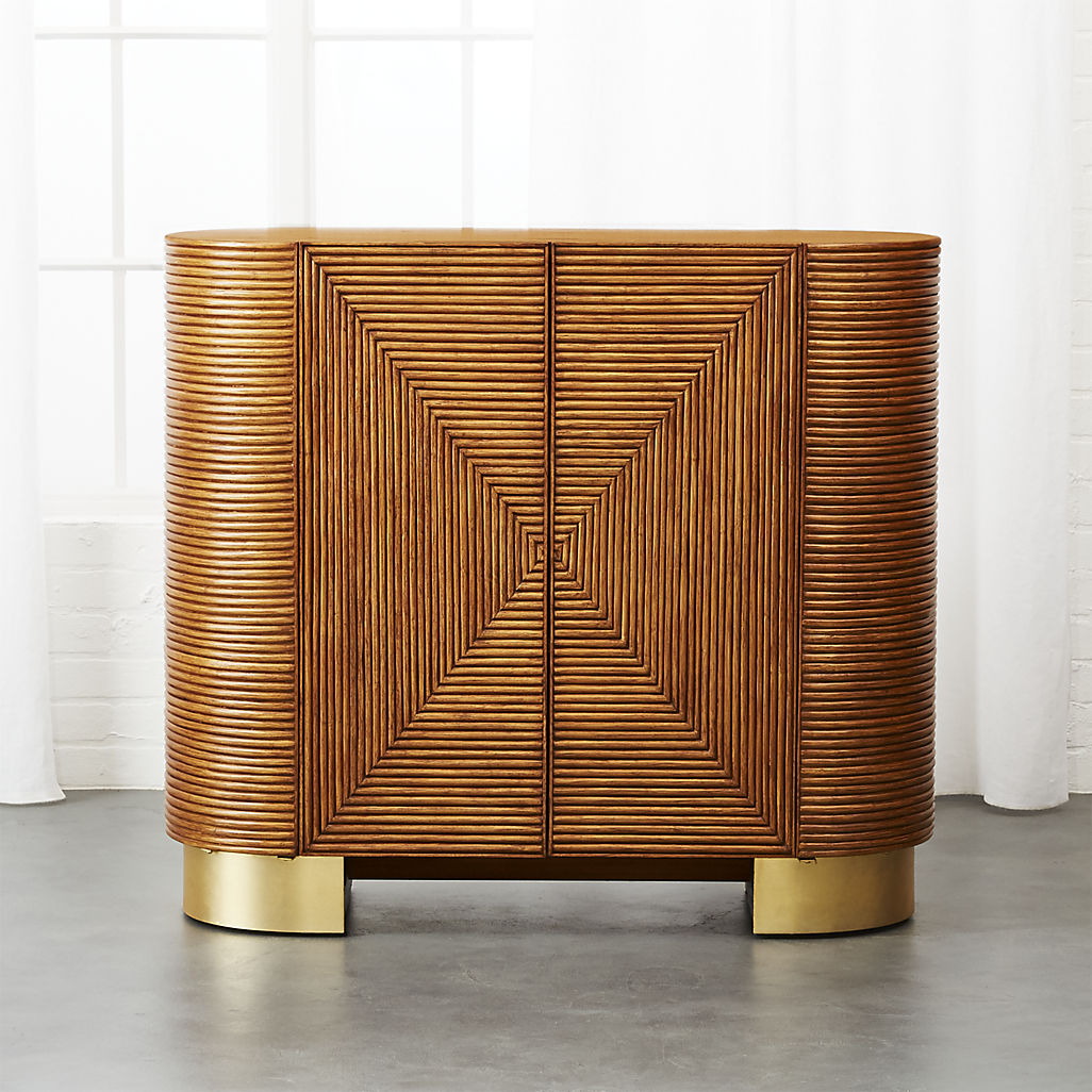 Rattan bar with interesting features