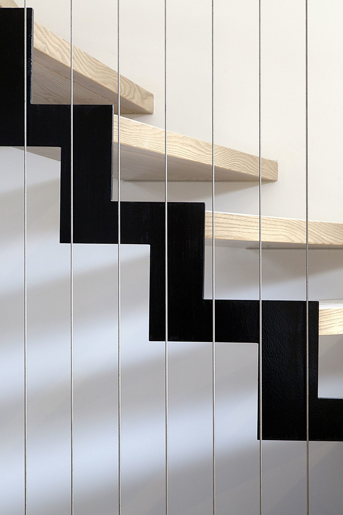 Simple-and-minimal-stairwya-connects-the-two-levels-of-the-house