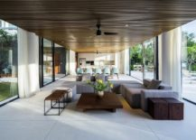 Sweeping-pavilion-style-living-areas-with-ample-natural-ventilation-217x155
