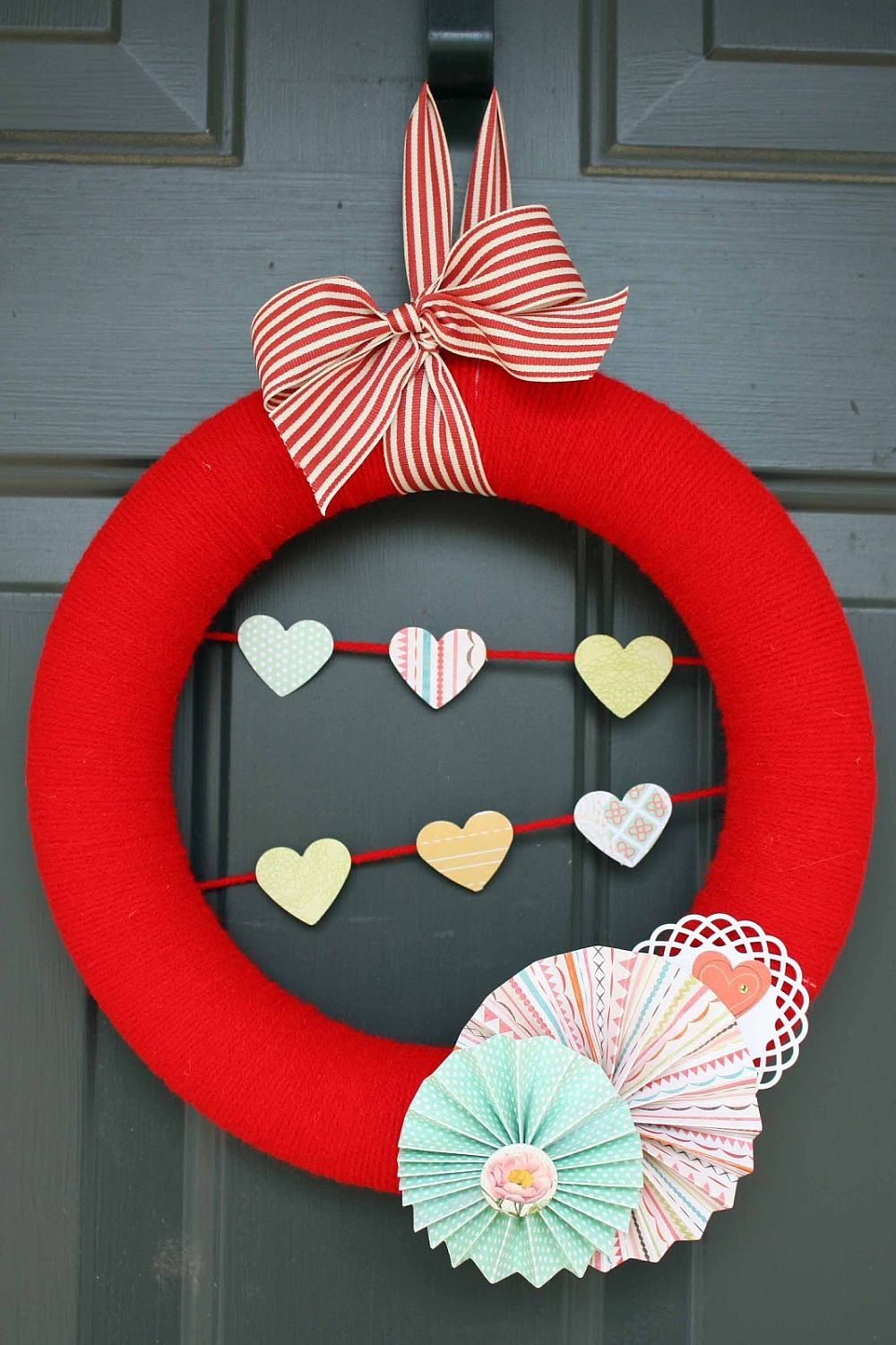 Valentine burlap wreath in brilliant red