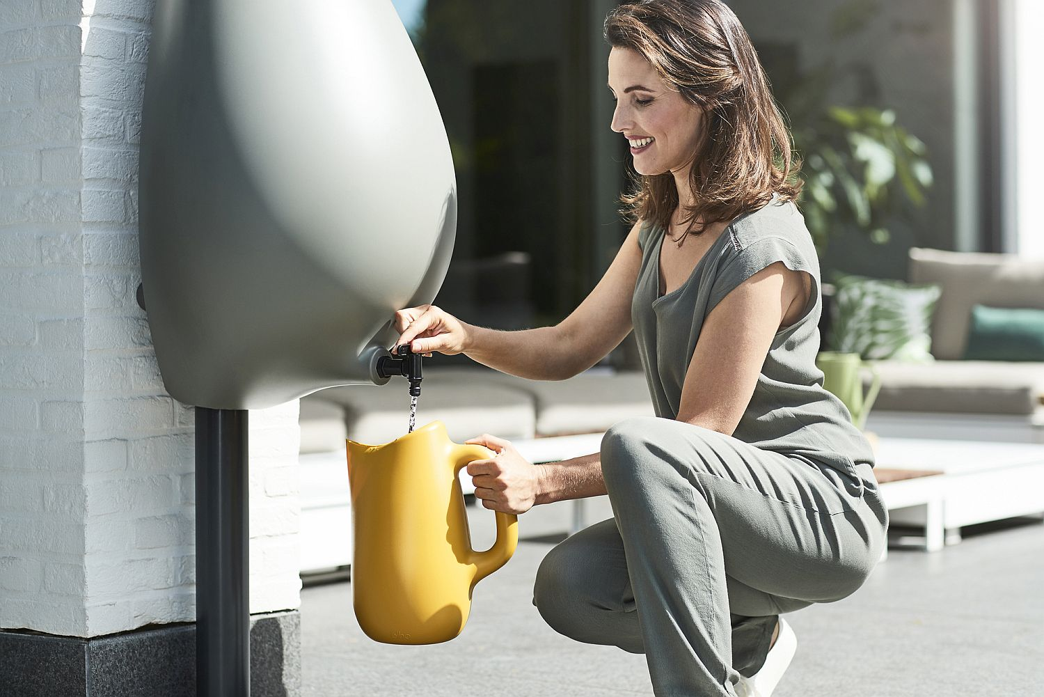 Watering-jug-makes-tending-to-your-garden-a-whole-lot-easier