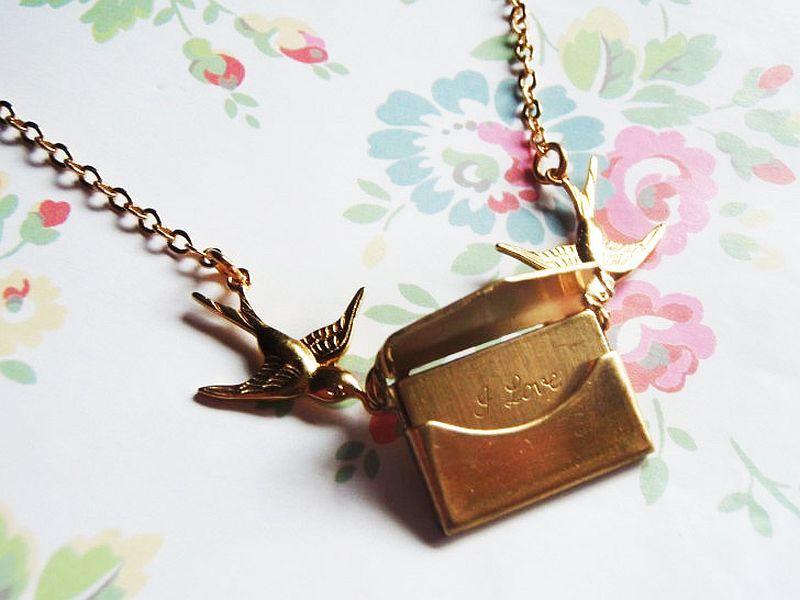 Cool vintage love-letter necklace