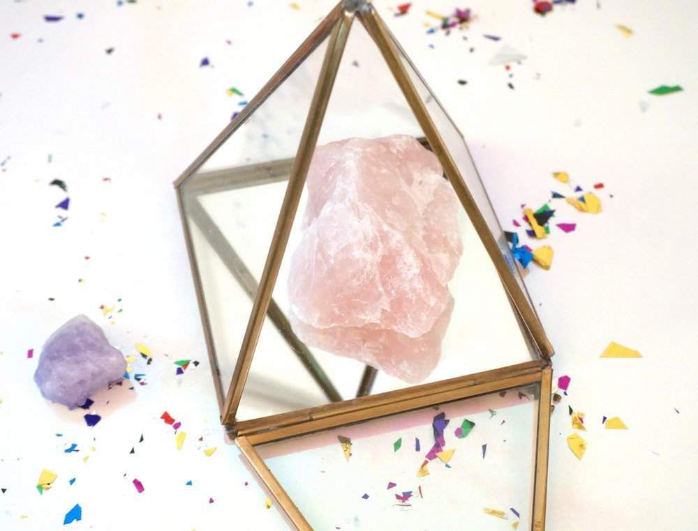 Crystal display terrarium