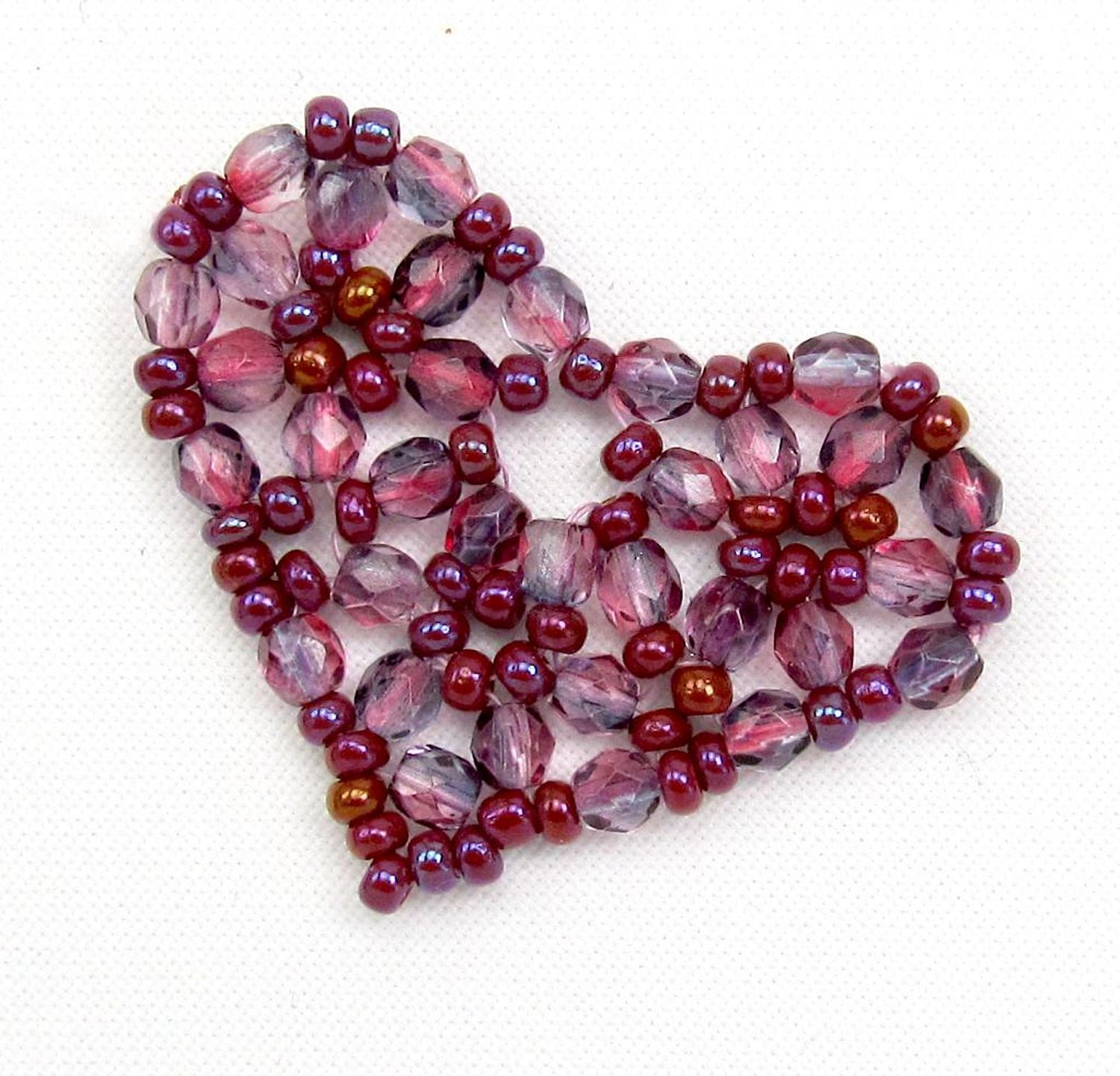 Cute and Easy Pretty Beaded Heart Pattern