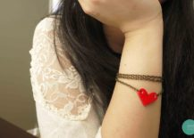 Cute-and-cuddly-DIY-heart-bracelet-for-Valentine-Day-217x155