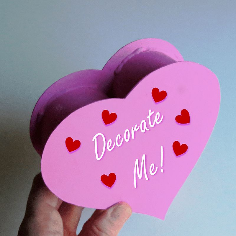 DIY-Chocolate-Box-in-Purple-with-tiny-hearts-in-purple