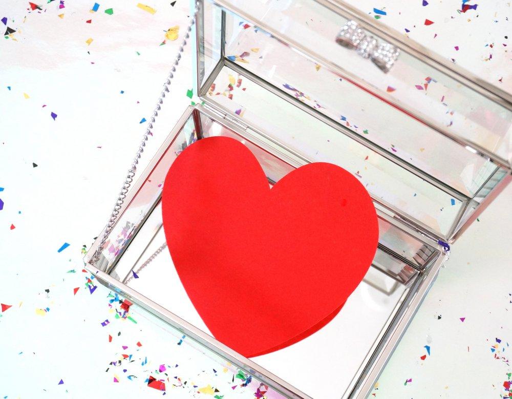 Glass gift box