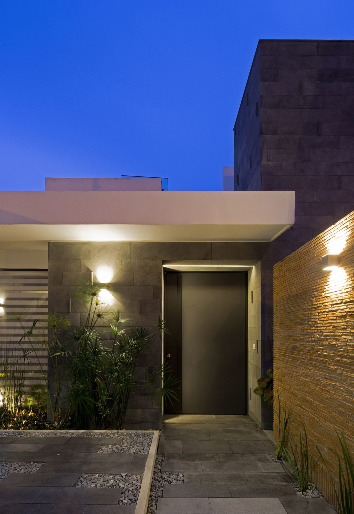 Gorgeously illuminated space outside the contemporary Mexican home