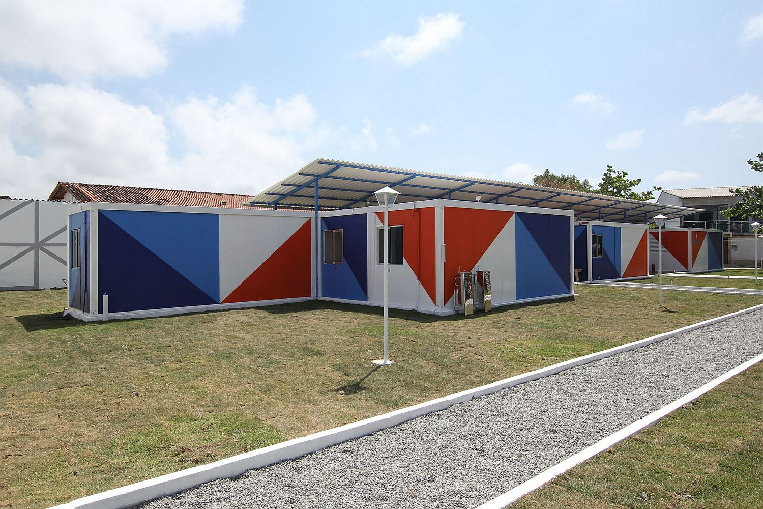 Modular container units create an adaptable and modern setting