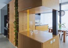 Natural-oak-wood-volume-inside-the-home-steals-the-spotlight-217x155