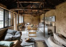 Open-and-light-filled-interior-of-the-Syudio-Cottage-217x155