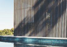 Simple-and-elegant-pool-of-the-Tinbeerwah-House-217x155