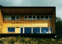 Structure-of-the-cabin-also-accomodates-for-the-roof-217x155