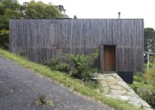 Unfinished-timber-face-of-the-house-gives-it-a-vernacular-appeal-217x155