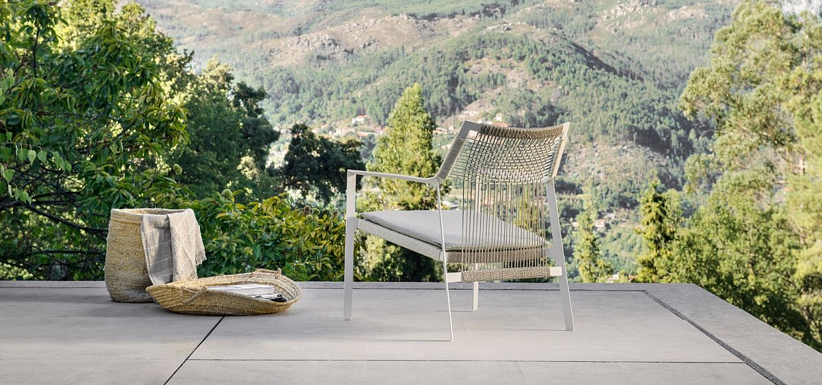 Weather-resistant and relaxing outdoor easy chair Nodi