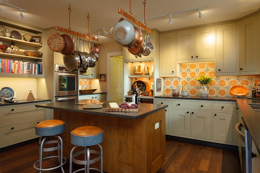 Backsplash tiles with orange and pattern for the traditional and farmhouse kitchens