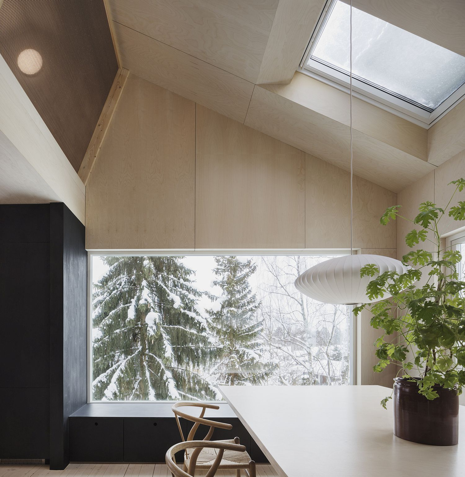 Classic-Nelson-pendants-are-perfect-for-the-Scandinavian-style-home