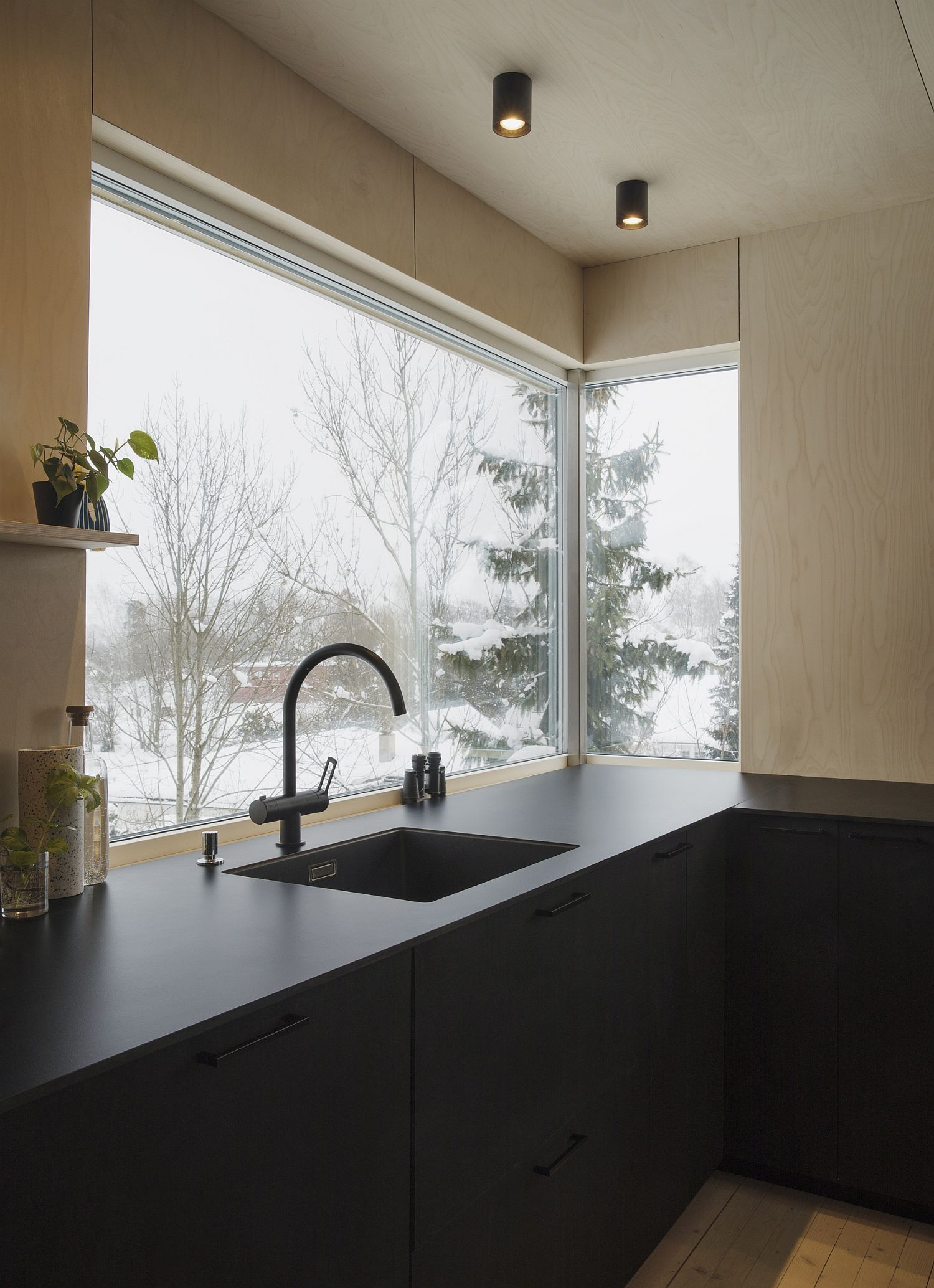 Corner window in the kitchen brings in ample natural light