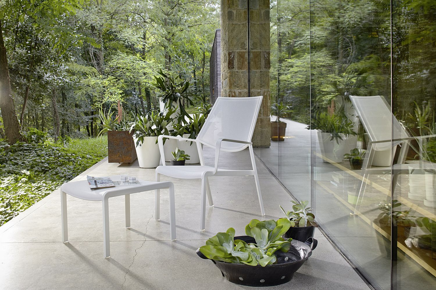 Create a cozy and smart outdoor reading nook
