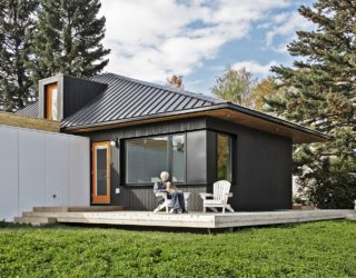 Finding Space for a Multi-Generational Family Home: Hillhurst Laneway House