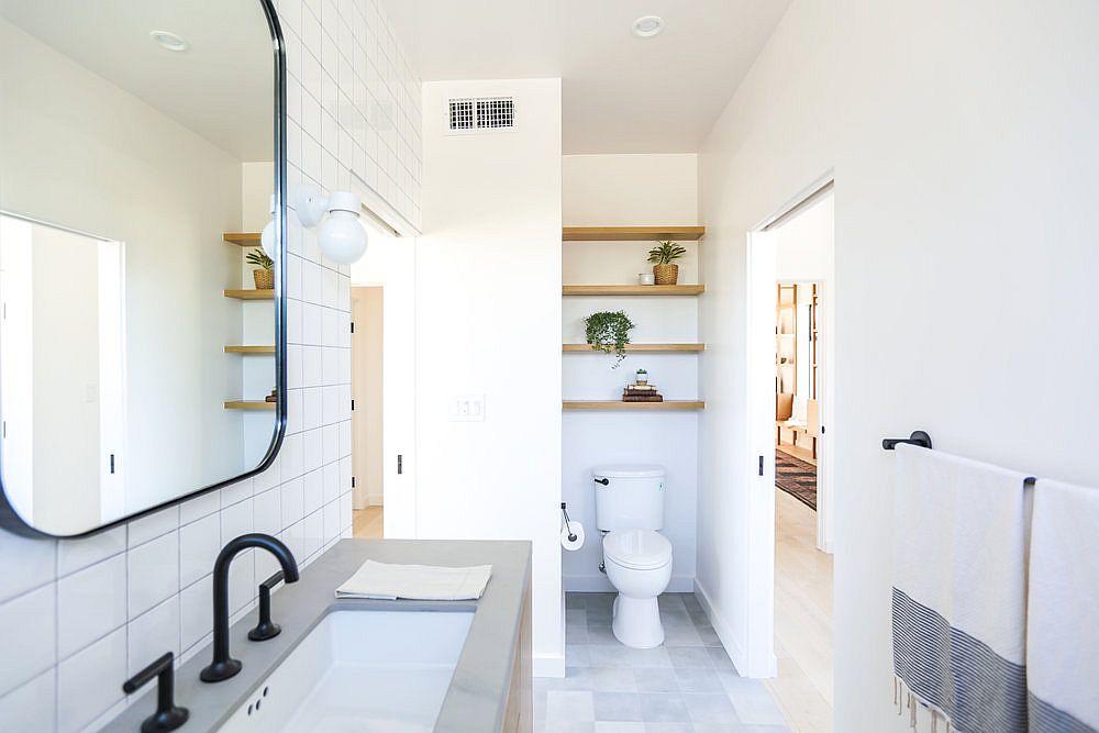 Elegant-and-simple-Scandinavian-style-bathroom-in-white