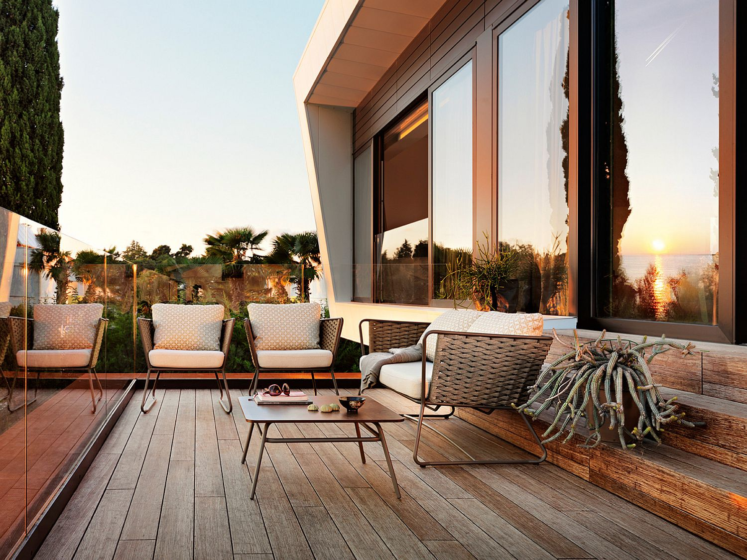 Lovely collection of outdoor chairs from Roberti