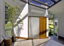 Metal-frame-and-glass-roof-bring-in-ample-ventilation-217x155