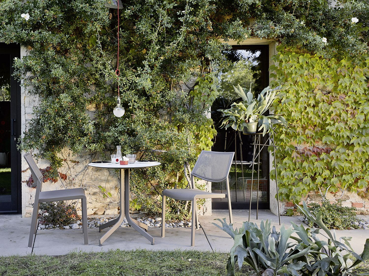 Samba Rio Collection of Outdoor Decor from Roberti
