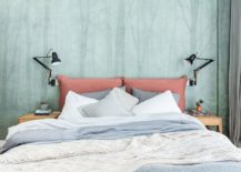 Woodsy-wallpaper-gives-the-bedroom-a-cool-and-relaxing-backdrop-217x155