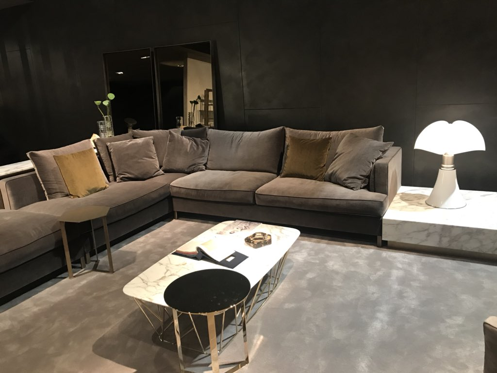 Chairs and sofas in velvet - MARELLI at Salone del Mobile2018