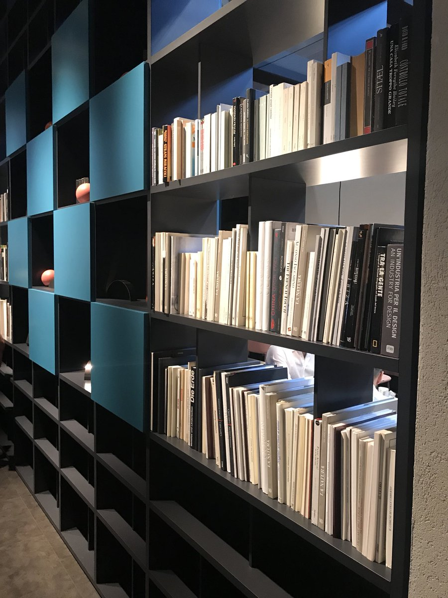 Dashing-bookshelves-in-blue-and-black-from-PIANCA-Spa