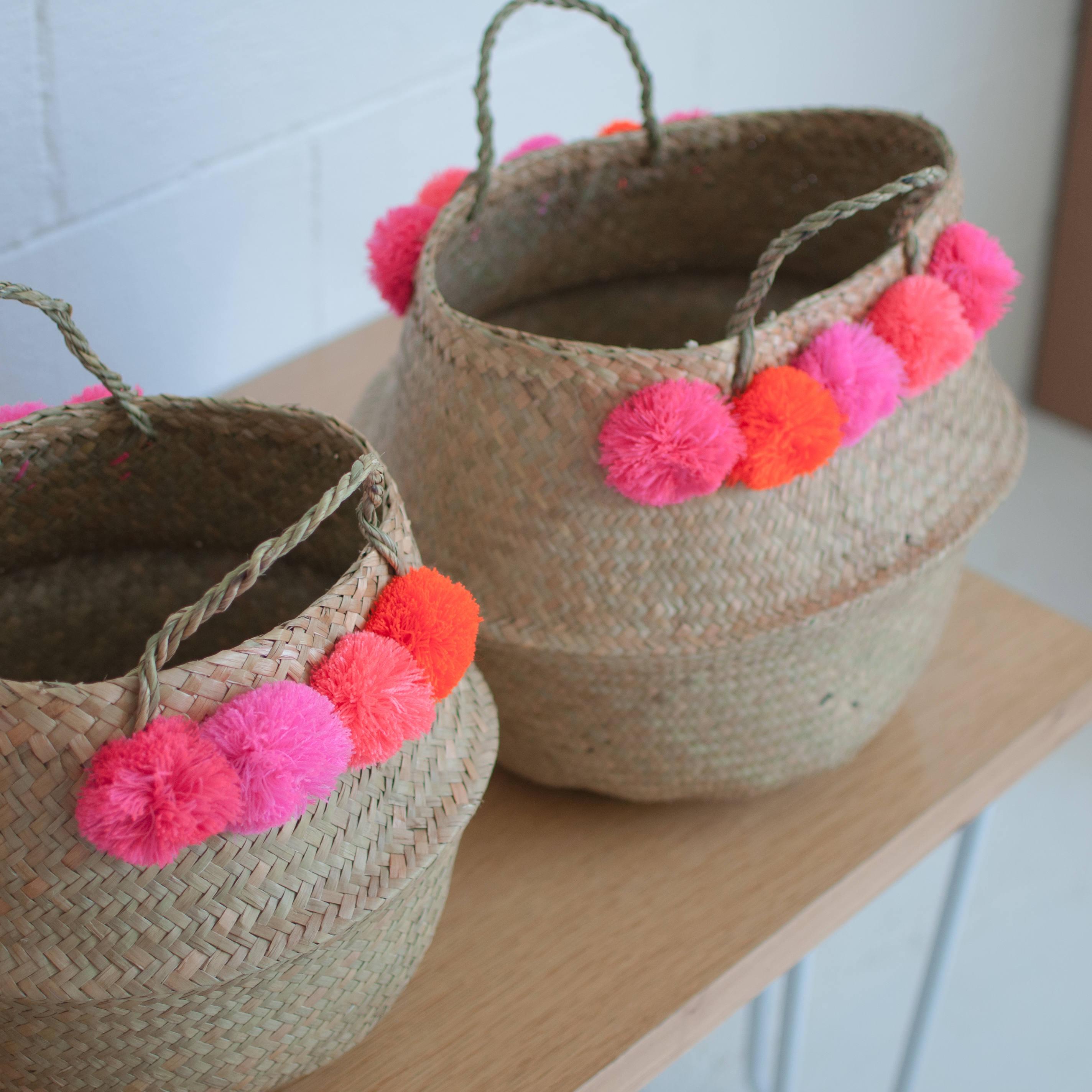 Seagrass-baskets-with-pom-poms