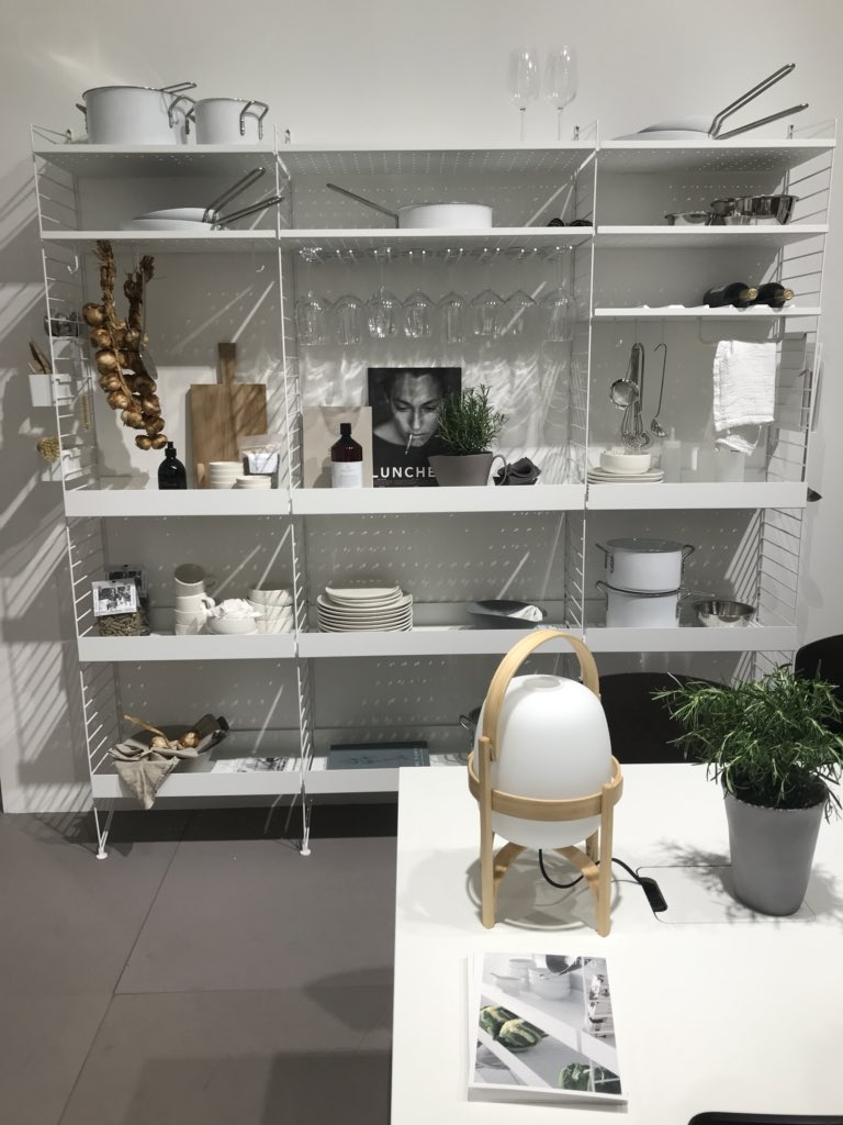 String-shelf-system-helps-create-more-organized-spaces