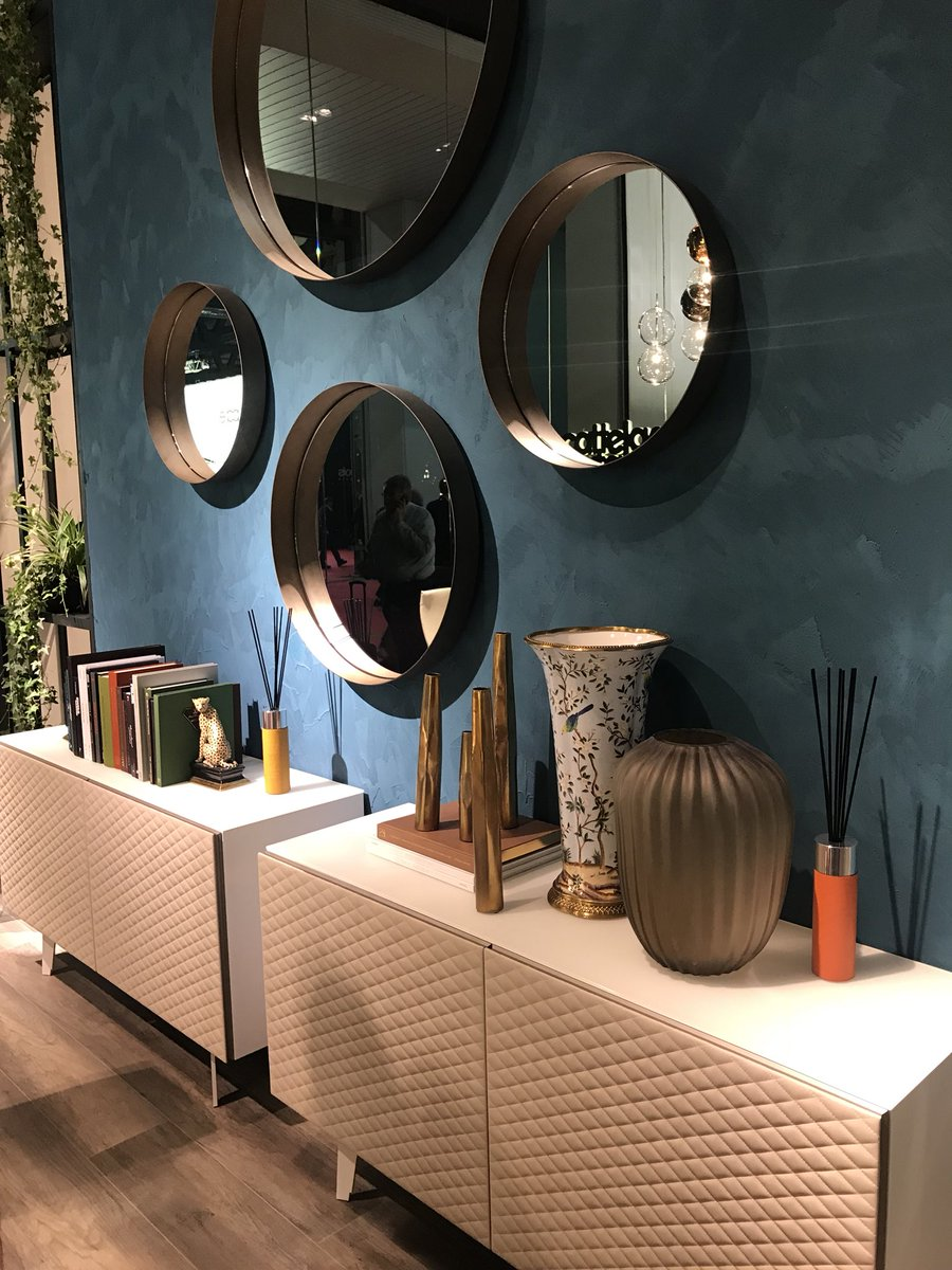 Stunning-range-of-sideboards-mirrors-and-accessories-from-Cattelan-Italia