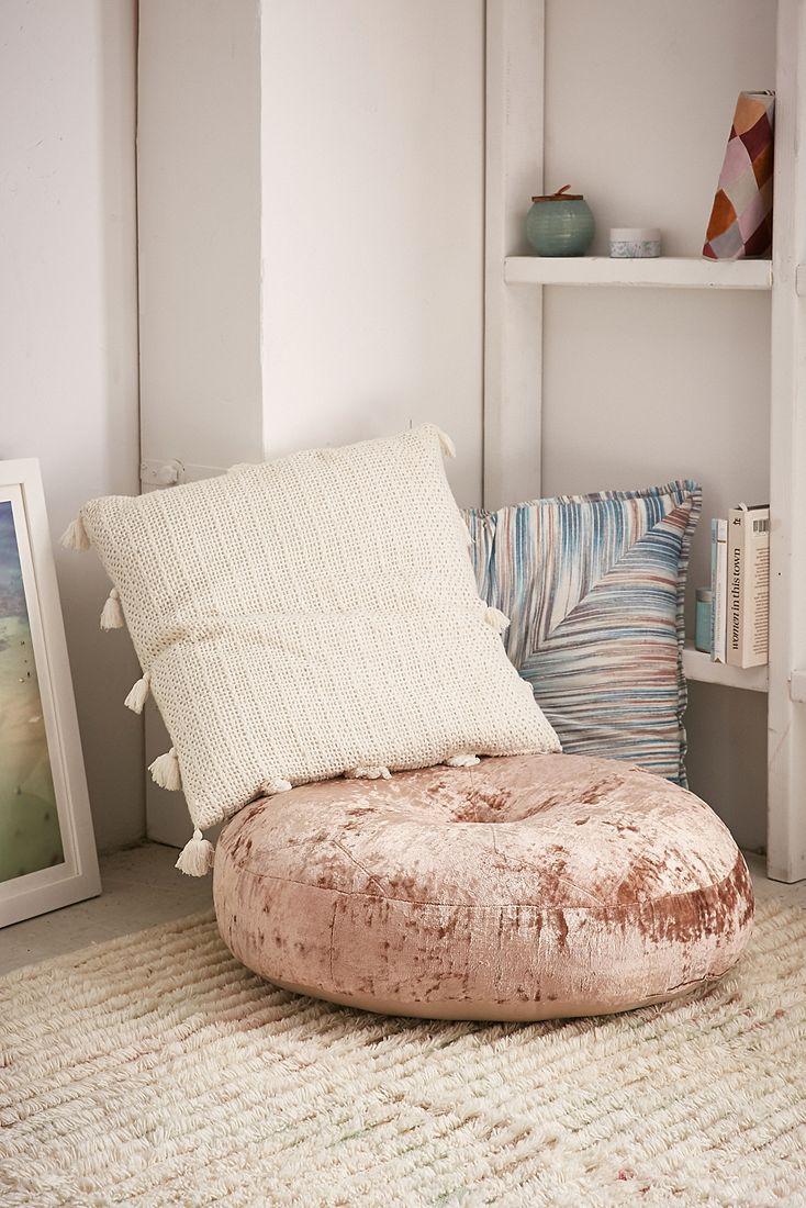 Tufted velvet floor cushion