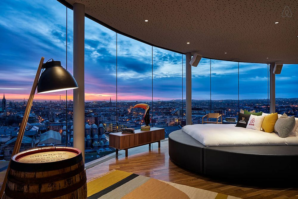 A night's stay at Dublin's most spectacular hangout