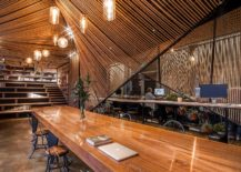 Exceptional-and-elegant-office-in-rope-and-wood-217x155