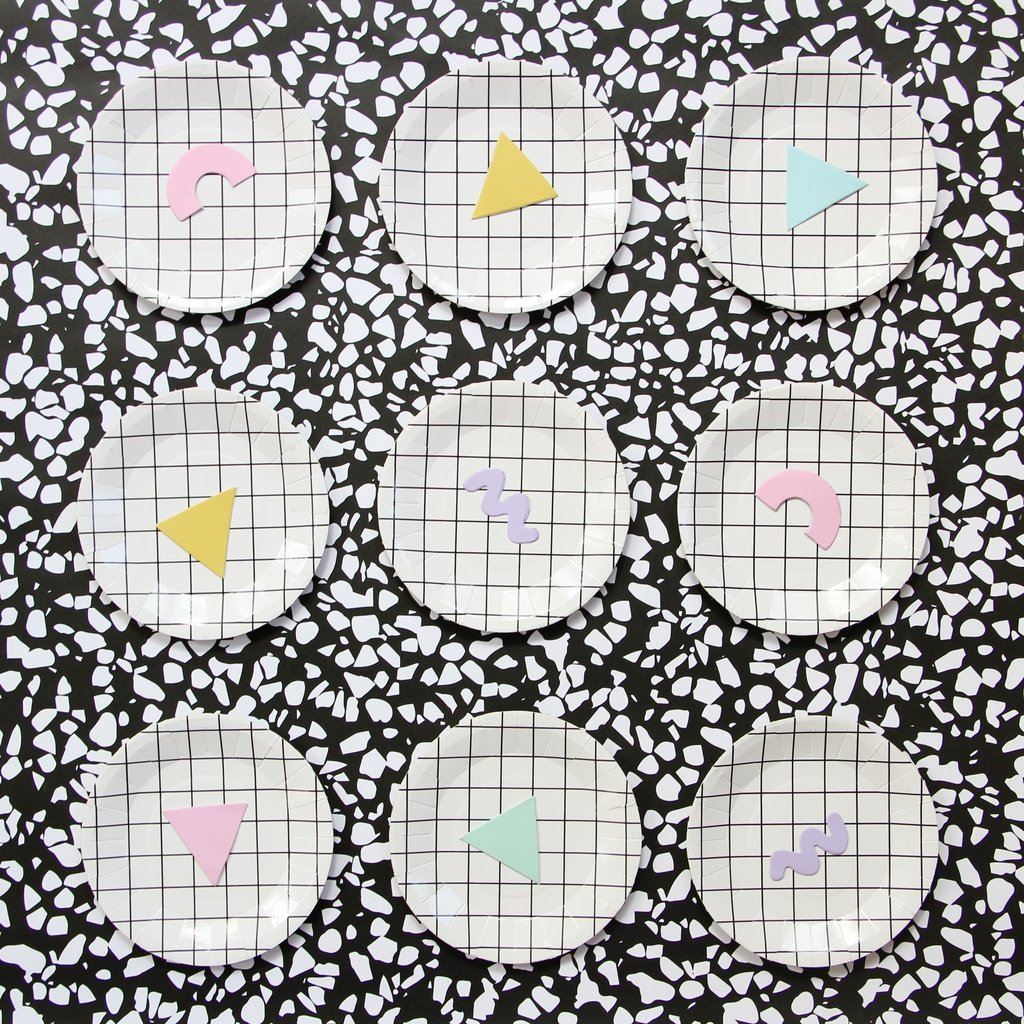 Grid-patterned party plates from Bash Party Goods