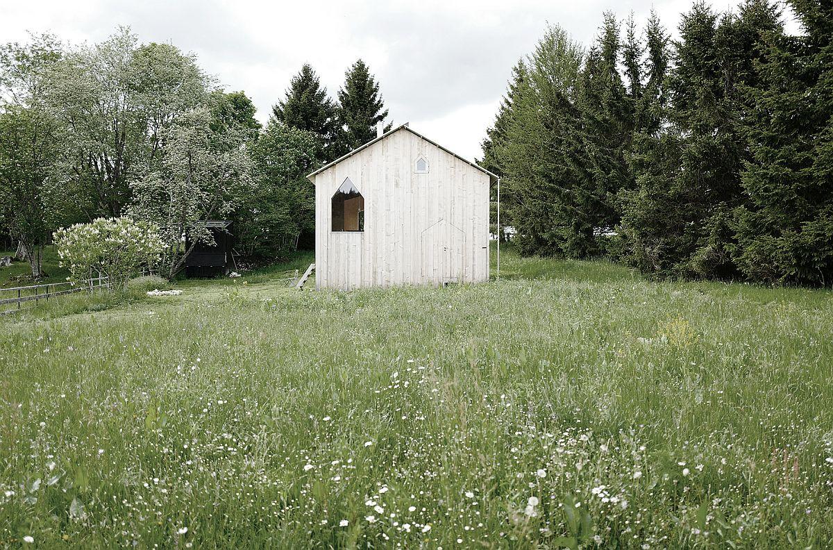 Landscape around the woodsy cabin in Switzerland