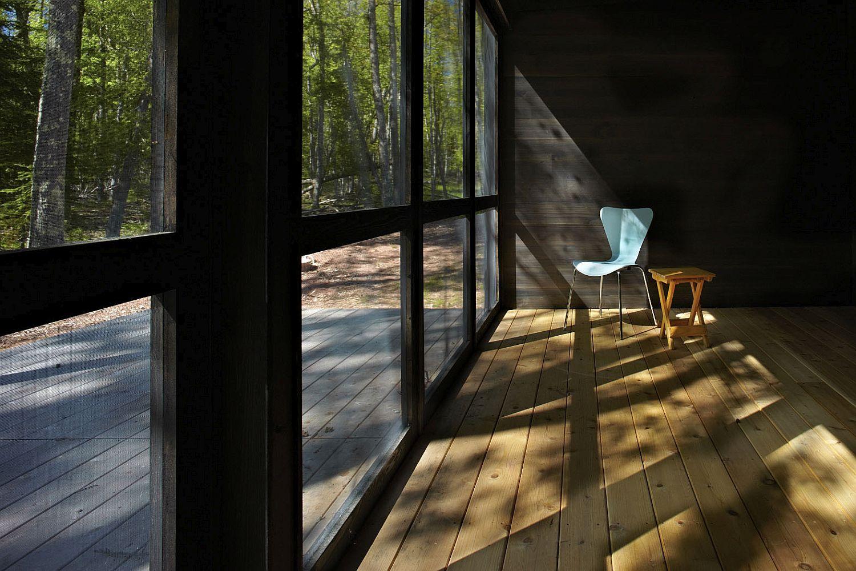 Large-framed-glass-doors-bring-ample-sunlight-indoors