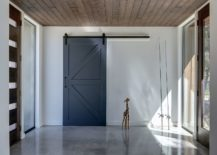 Sliding-barn-style-door-for-the-modern-interior-217x155