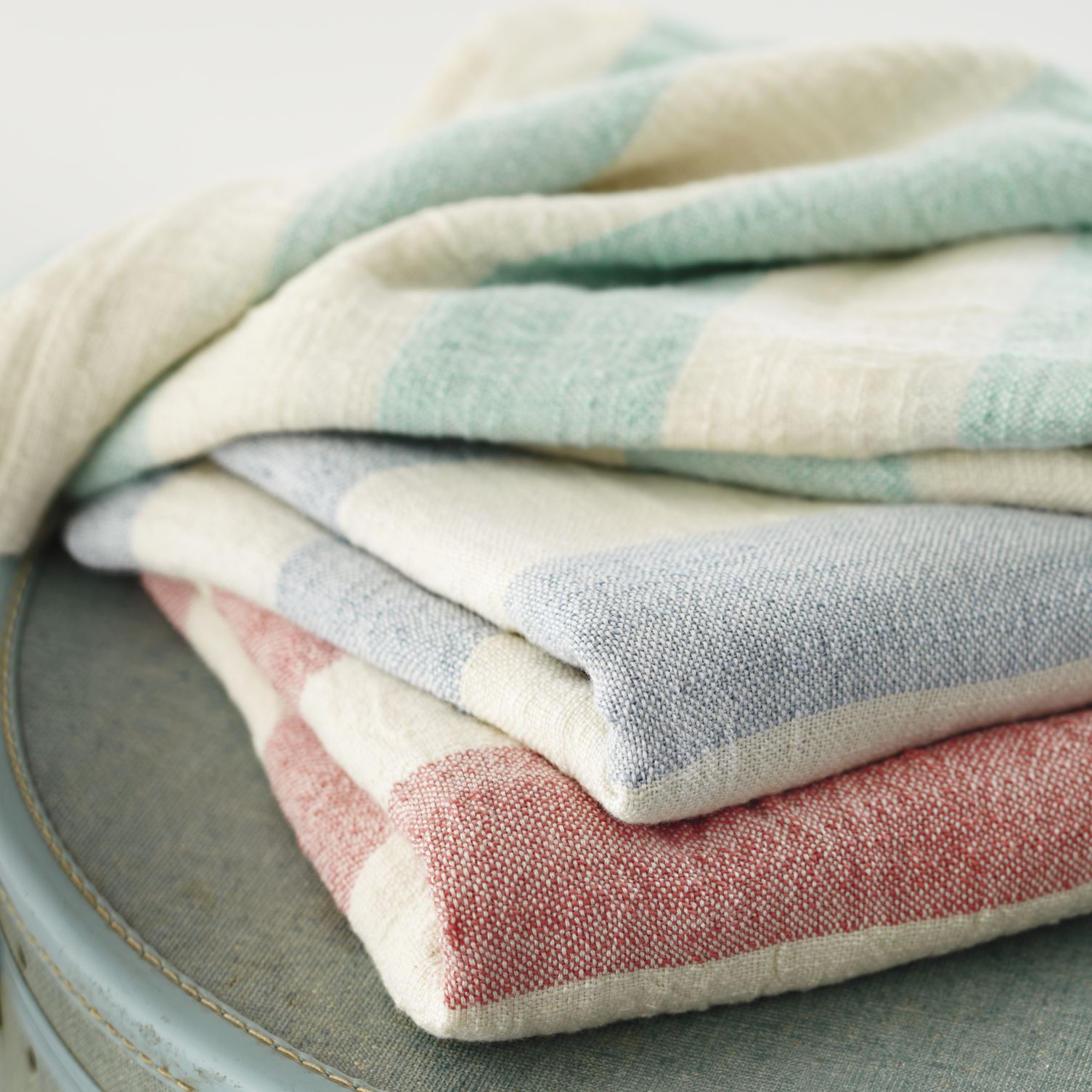 Striped-baby-blankets