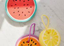 Sunnylife-fruit-salad-sponges-217x155