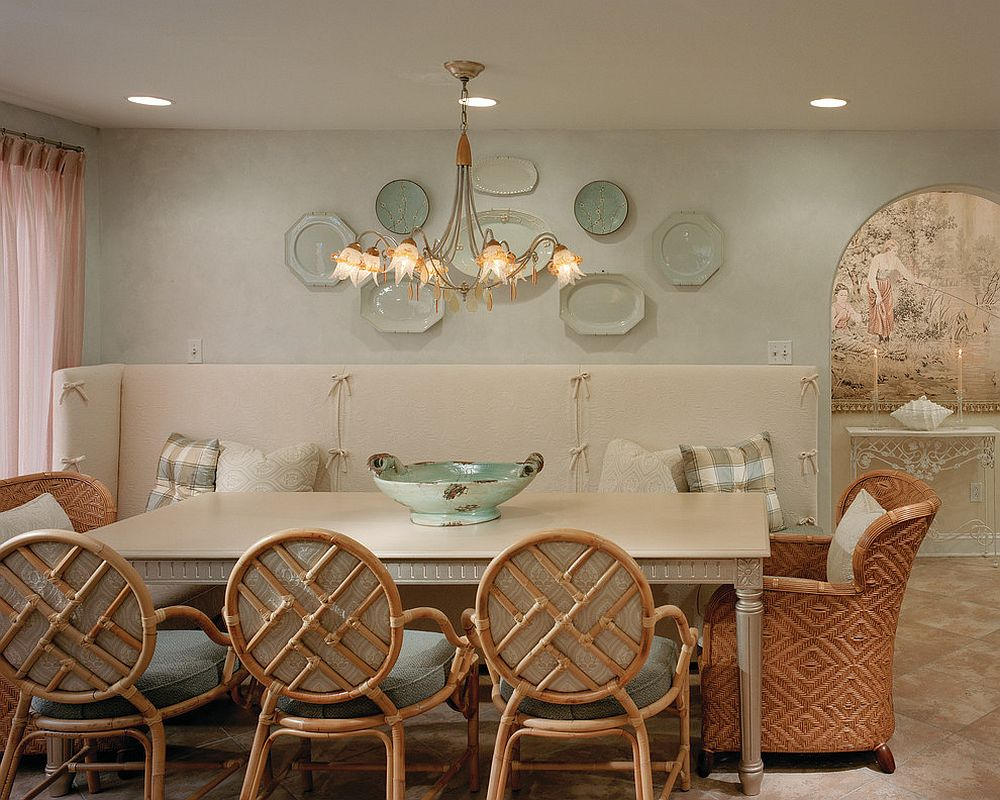 Textured walls and natural hues for the Mediterranean dining room