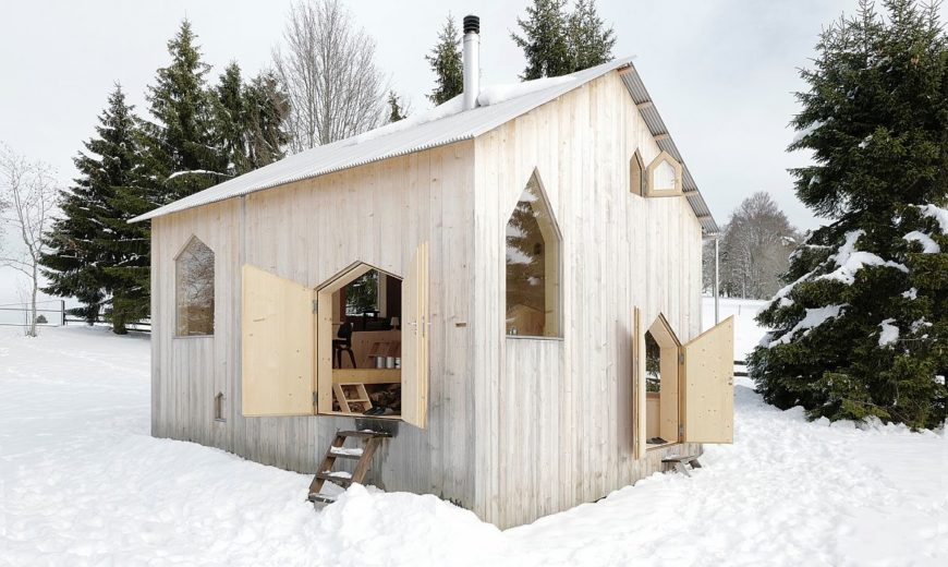 Reconstruction of a Chalet: Playful, Energy-Efficient and Minimal Residence in Wood