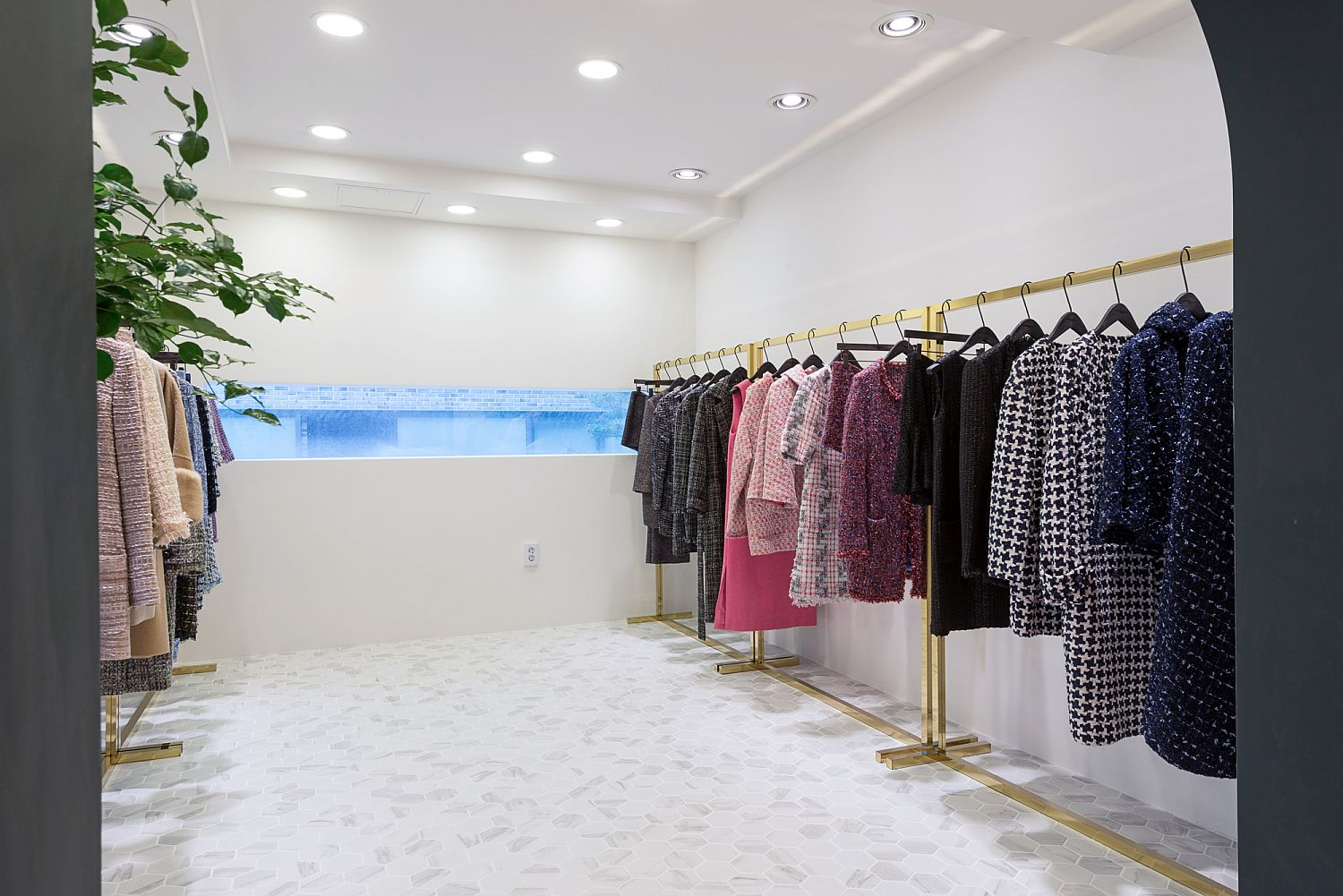 White room of the clothing showroom offers the best of high-end fashion in Korea